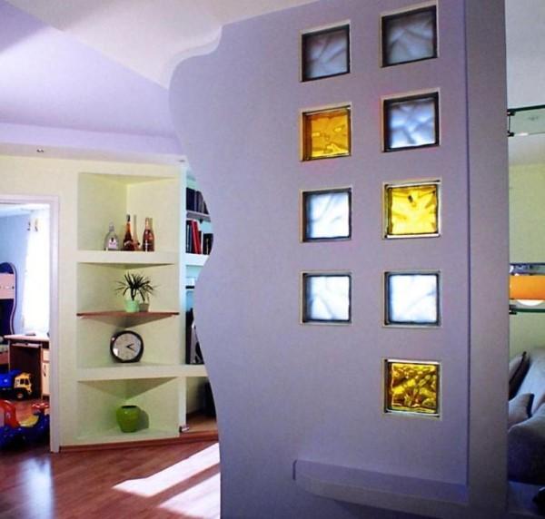 стенка из стеклоблоков