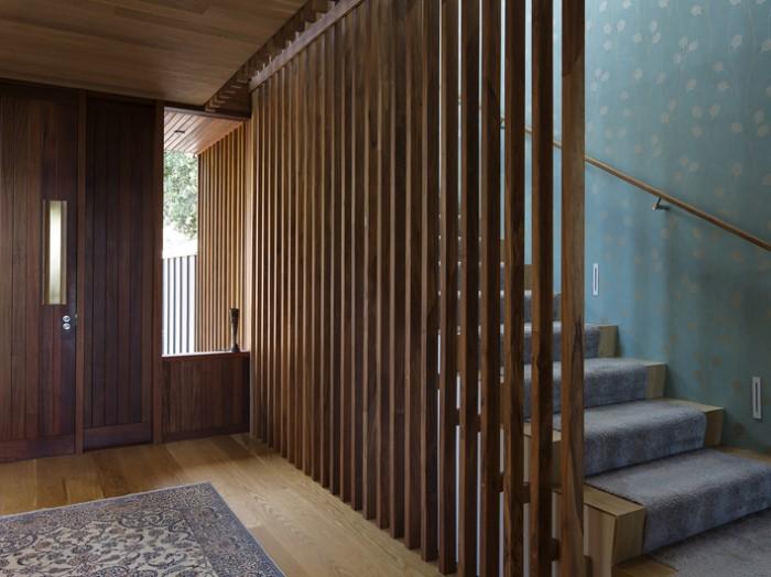 деревянная дизайнерская конструкция
