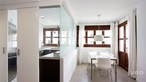 разделение кухни и столовой зоны